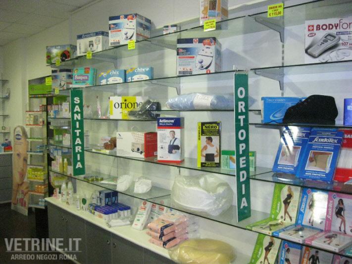 Arredo usato parafarmacia gsn centro negozi roma for Centro arredo negozi