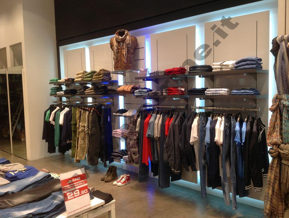 Arredo allestimenti foto realizzazioni gsn centro negozi for Negozi arredamento roma centro
