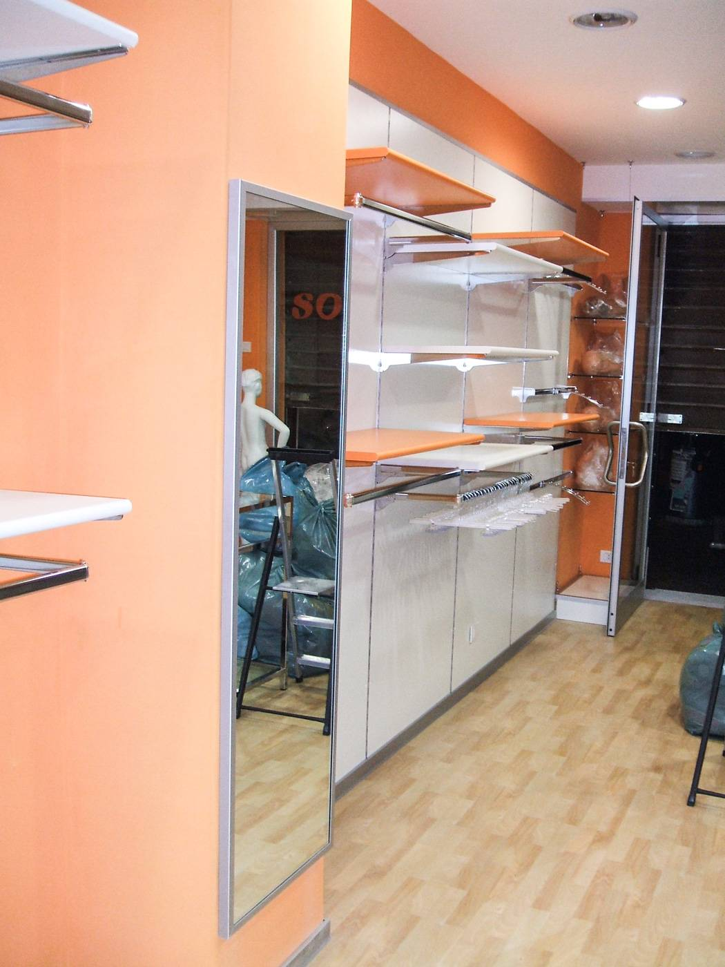 Negozi mobili a roma volete arredare la nuova casa o for Negozi mobili